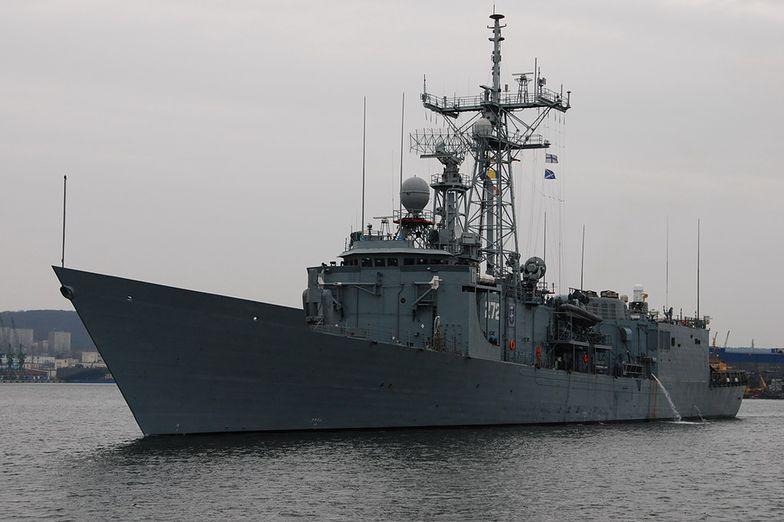 Na razie nie ma dokładnych informacji o stanie zdrowia drugiego z polskich marynarzy, który również wpadł do wody.