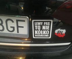 """""""Dorzuć się na wachę, bejbe…"""". Hasła, jakie kierowcy w Polsce umieszczają na swoich samochodach"""