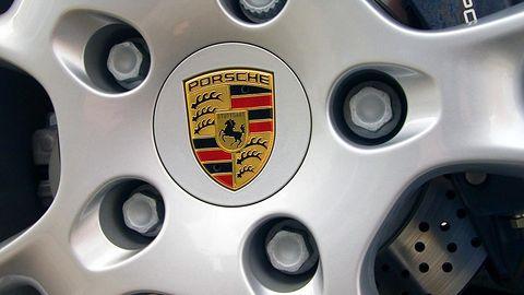 Porsche wyjeżdża z garażu Electronic Arts