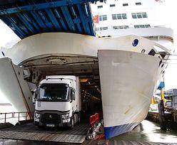 """Brytyjski rząd szykuje się na """"no deal"""". Zawarł umowy z firmami transportowymi"""