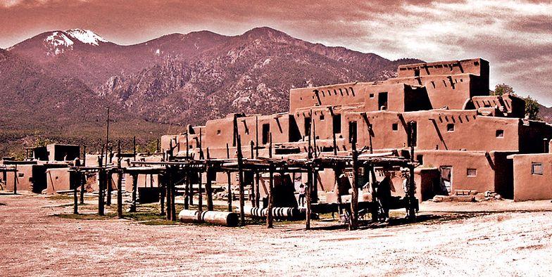 Uporczywy szum w Taos. Skutek uboczny tajnych eksperymentów?