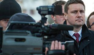 Prokuratura w Chełmnie umorzyła śledztwo dotyczące posła Łukasza Zbonikowskiego
