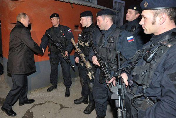 Władimir Putin i siły specjalne FSB