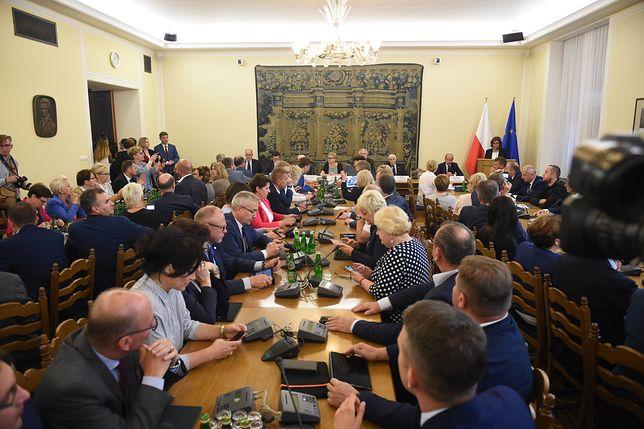 W Sejmie trwa dyskusja na temat projektu ustawy PiS o Sądzie Najwyższym. Strzembosz: będziemy mieli partyjny sąd