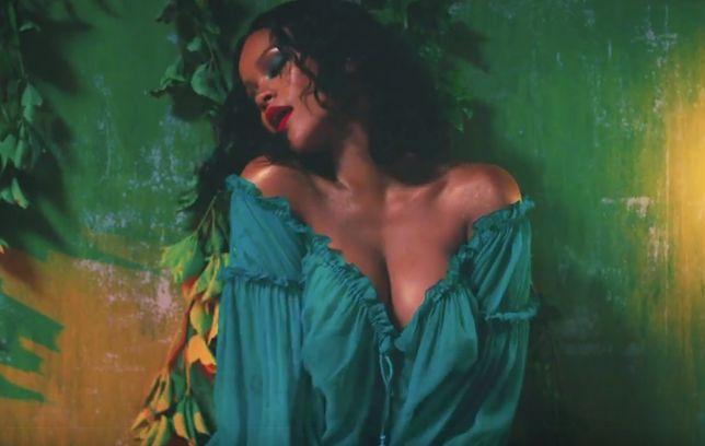 Odmieniona Rihanna w nowym teledysku. Piosenkarka pokazała piersi