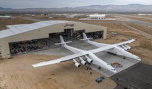 Stratolaunch - największy samolot świata - zaprezentowany