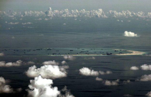 Chińskie prace przy Rafie Mischief na Morzu Południowochińskim