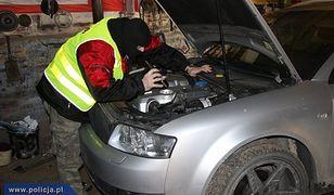 Śledztwo w sprawie włoskich, kradzionych samochodów przedłużone