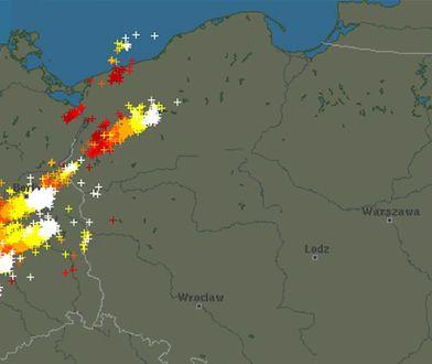 Burze nad Polską. Śledź z nami wędrówkę chmur [NA ŻYWO]