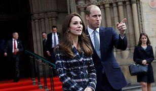 Dlaczego Kate i William nie trzymają się za ręce?