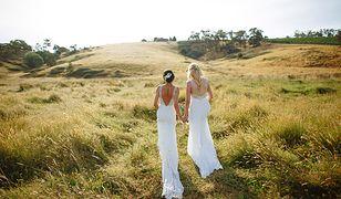 Kobiety planowały zorganizować ślub w Nowej Zelandii, gdzie jest to legalne.