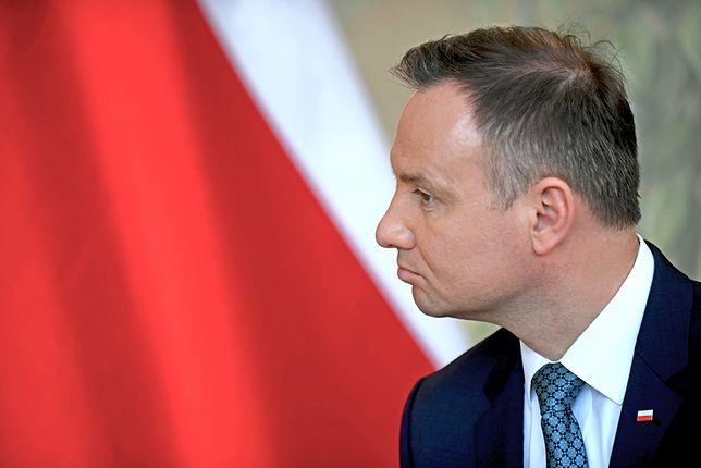 """Co Polacy sądzą o prezydencie? Najnowszy sondaż. """"To niesprawiedliwe"""""""