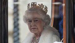 Królowa Elżbieta II kupiła apartament w Chicago