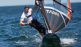Mistrz świata w windsurfingu wystartuje w triathlonie dla chorej żony