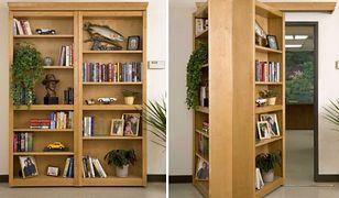 Biblioteczka, która ukryje przejście do sekretnego pomieszczenia