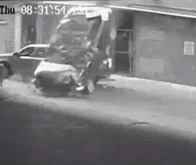 Pomyliła pedał gazu z hamulcem. Auto spadło z 7 piętra