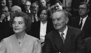 Były premier PRL Piotr Jaroszewicz z żoną Alicją Solską w 1992 r.