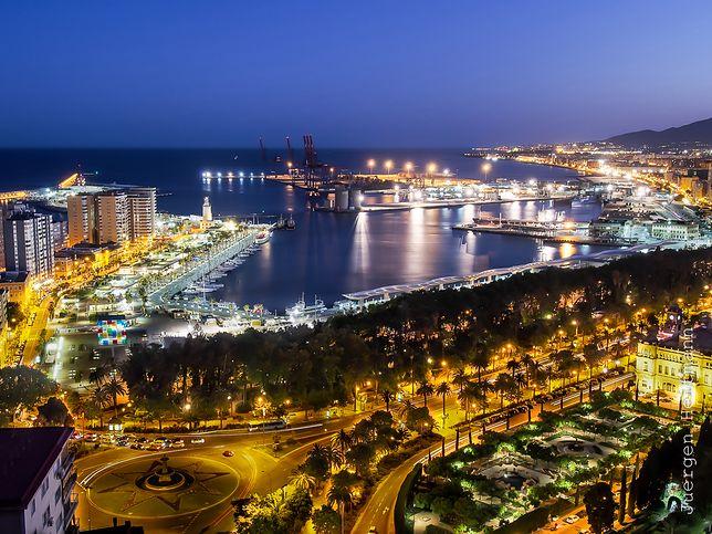 Malaga nocą