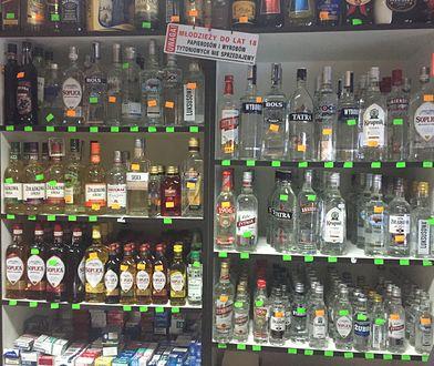 """PiS chce ograniczyć dostęp do alkoholu. """"Należy promować abstynencję"""""""