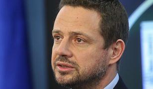 Zdaniem Rafała Trzaskowskiego, rząd powinien zająć się debatą nt. unijnego budżetu