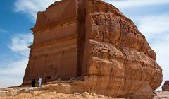 Krater Al Wahbah i ruiny miasta Hegra - nieznane atrakcje Arabii Saudyjskiej