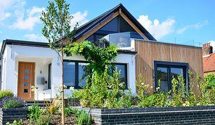 Dom parterowy czy z poddaszem - co opłaca się budować?