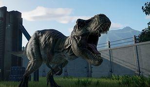 Groźny Tyrannosaurus rex - na szczęście zamknięty za ogrodzeniem
