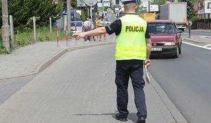 Długi weekend na drogach: 526 wypadków, złapano niemal 1300 kierowców pod wpływem alkoholu