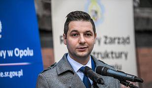 Patryk Jaki jest bardzo aktywny w swoim okręgu wyborczym w Opolu. Ale budzi też sporo kontrowersji.