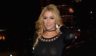 Pokazała o wiele za dużo. Paris Hilton zrobiła to celowo?