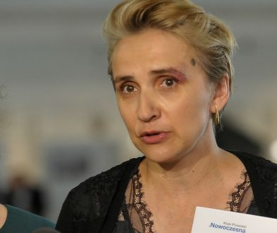 """""""Chodź, Pałka!"""". Scheuring-Wielgus woła koleżankę z partii, internet wyżywa się na posłankach"""