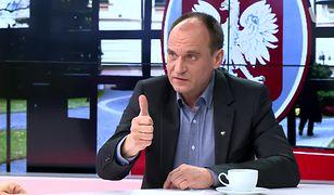 Paweł Kukiz tłumaczy, że różne oceny projektu ustawy o dostępie do broni wynikają ze specyfiki klubu