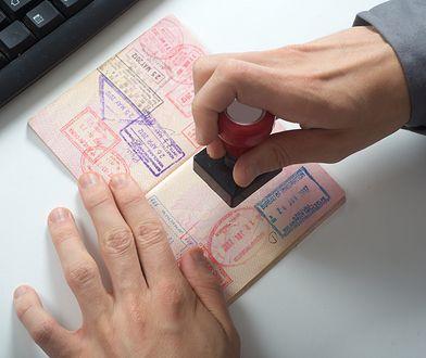Wyjeżdżasz za granicę? Zobacz, co mogą zabrać ci celnicy