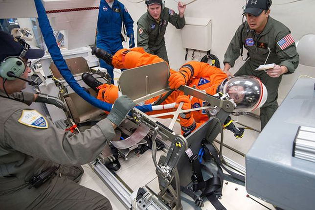 Aaa astronautę zatrudnię