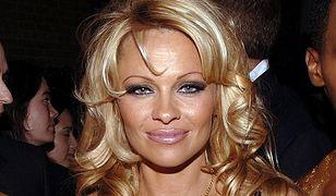"""Pamela Anderson apeluje: """"Panowie, skończcie z pornografią!"""""""