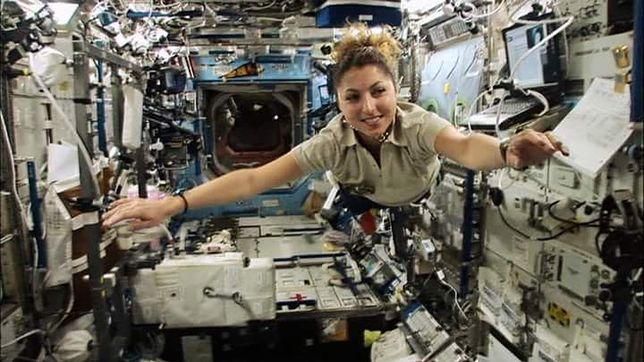 Anousheh Ansari, pierwsza kobieta, która jako turystka poleciała w kosmos.