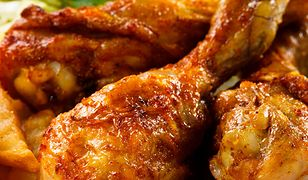 Pałki z kurczaka w miodzie i sosie sojowym. Pyszny obiad dla całej rodziny