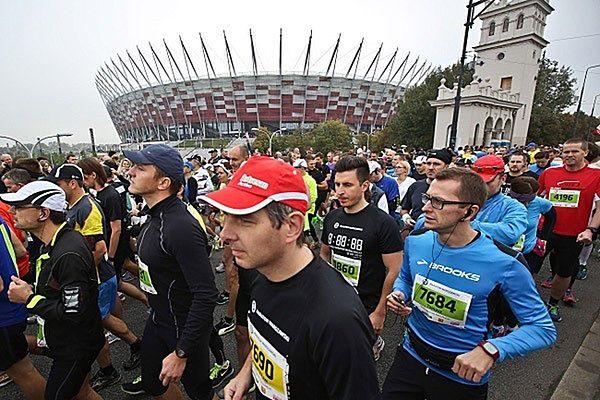 W niedzielę maraton na ulicach Warszawy. Duże zmiany w komunikacji