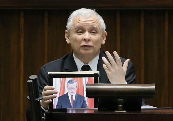 Politycy komentują wirtualne wystąpienie Piotra Glińskiego w sejmie