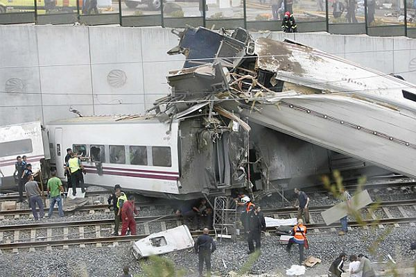Katastrofa kolejowa w Hiszpanii w okolicach miasta Santiago de Compostela