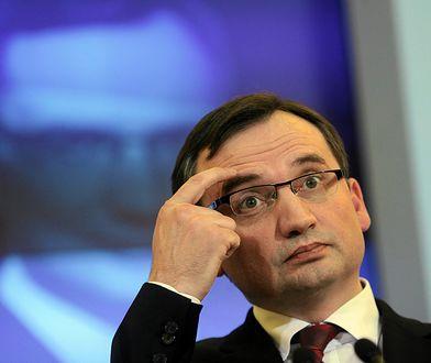 Apel posłów PO: niech Ziobro wpłynie na prokuraturę w sprawie ekshumacji