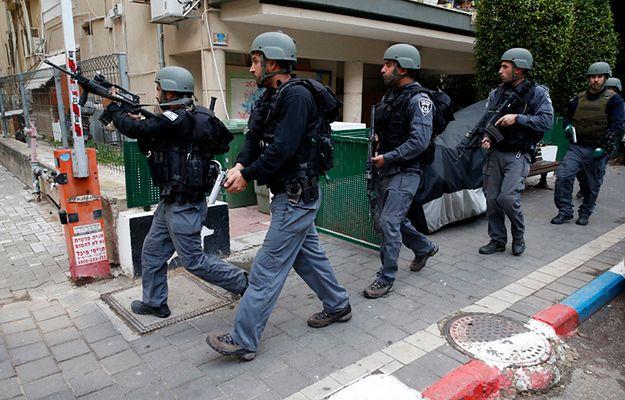 Izraelskie służby podczas poszukiwań napastnika