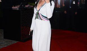 Kinga Rusin podczas przymiarek sukni na bal TVN-u. Jaką kreację wybrała rok temu? Jak do balu szykują się inne gwiazdy?