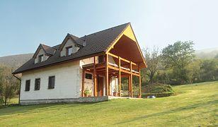 Dom na wsi marzeniem Polaków