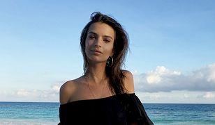 Emily Ratajkowski topless na wakacjach