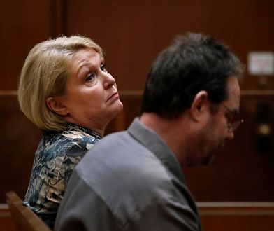 Samantha Geimer z mężem podczas rozprawy w Los Angeles.
