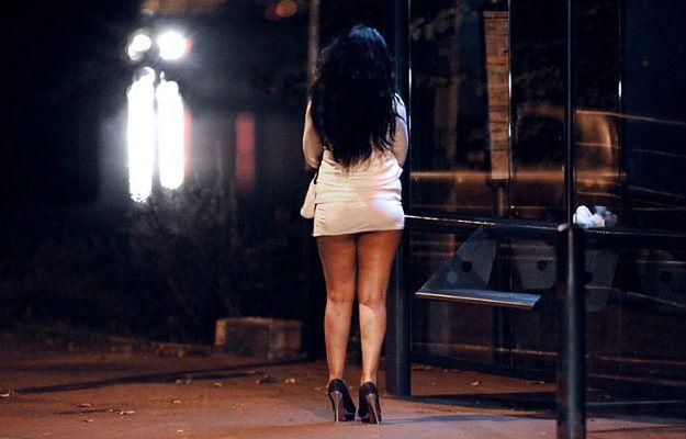 """""""Sexworkerka... czyli po polsku - k..wa"""". Internauci oburzeni polską prostytutką"""