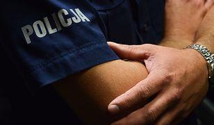 Gwałt na komendzie. 25-latka oskarża policjanta