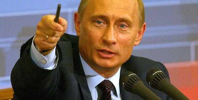 Dziwny chód Putina pod lupą naukowców