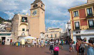 Na Capri walczą z turystami, którzy urządzają pikniki na schodach